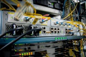Metro Ethernet fiber connection into router